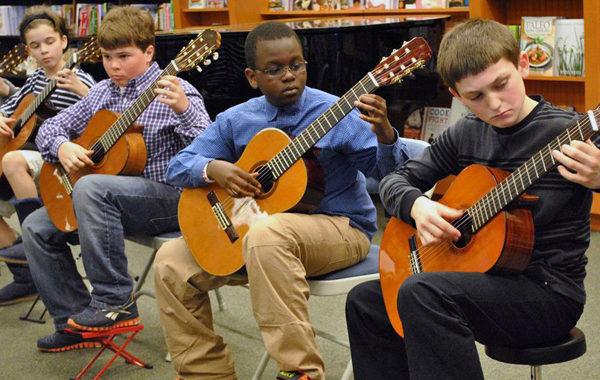 Group guitar performance
